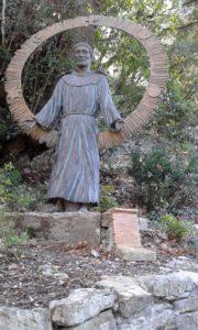 statue représentant saint François d'Assise