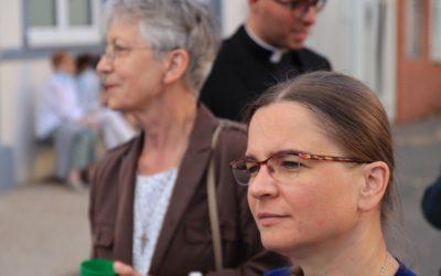 Retour sur la messe d'aurevoir à Sœur Renia Syska et au Père Edouard George