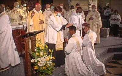 Ordination sacerdotale de Vianney Baudouin et de Charles Thierry Ndjandjo
